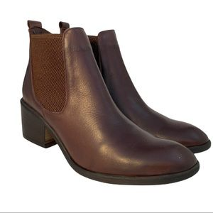 Bueno New Women's Chelsea Dunne Boot  size 37